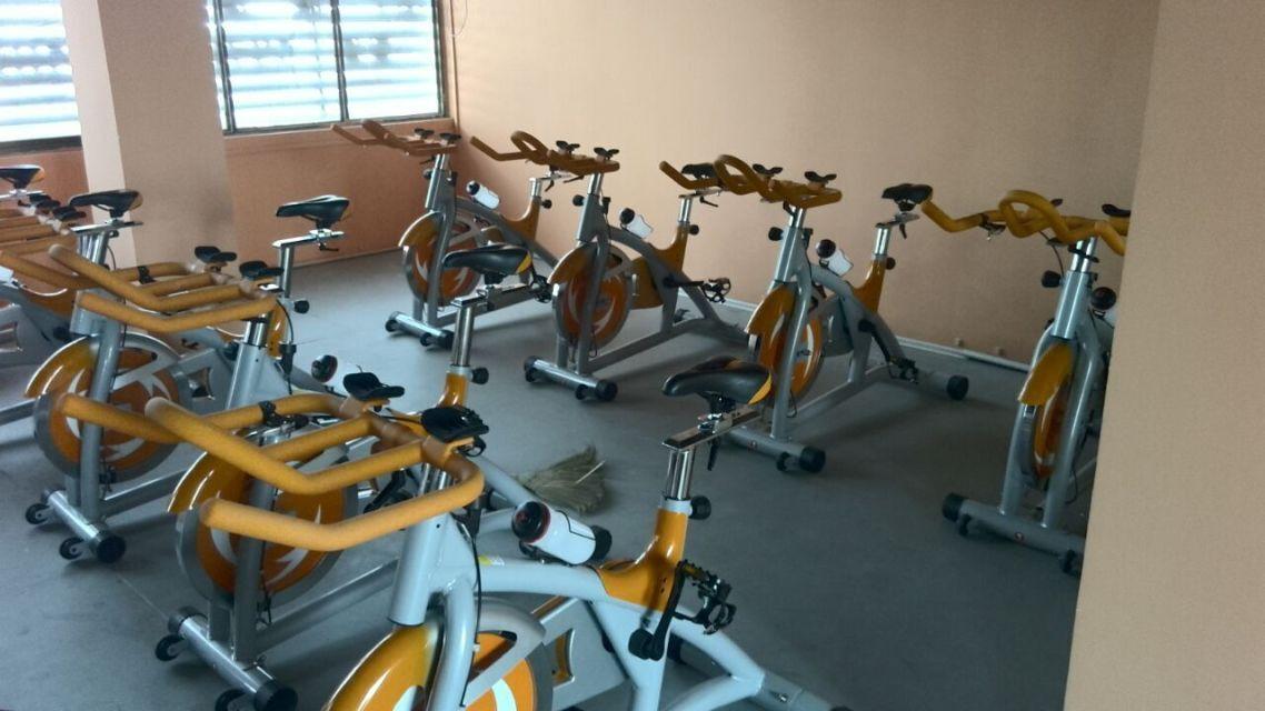 动感单车训练区