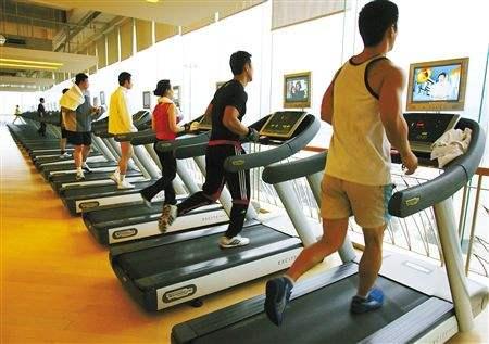 跑步机跑步怎么减肥快,速度多少比较合适?