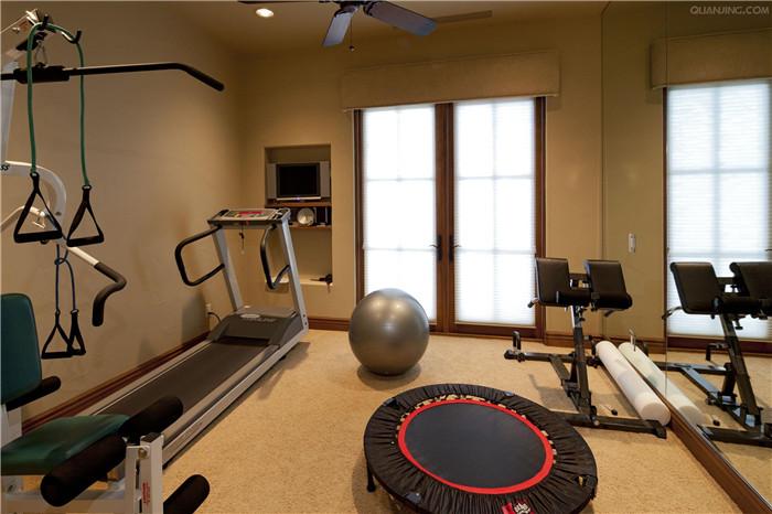 200平米酒店健身房效果图